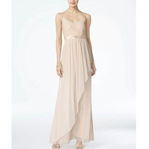 adrianna papell / cream tiered embellished gown